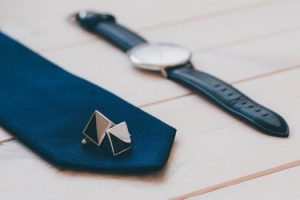 Fare il nodo alla cravatta in solo 10 secondi
