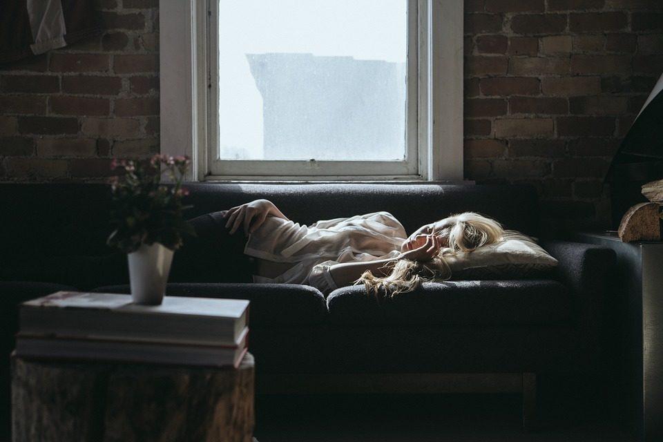 Dormire il sonno bifasico fa bene?