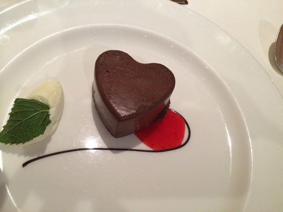 San Valentino magico con i cibi dell'amore.