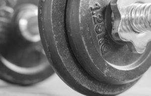Un fisico a prova di peso. Gli uomini, le donne e la sala attrezzi